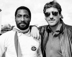 Viv Richards and Ian Botham: scarf, sunnies, leather Test Cricket, Cricket Sport, Cricket Match, Funny Vintage Ads, Vintage Humor, Viv Richards, Ian Botham, Cricket Wallpapers, World Cricket