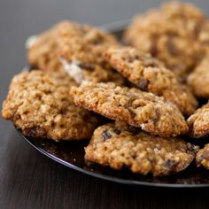 Delicious flour & egg free oat cookies – with the added goodness of Flannerys Organic Peanut Butter!  Ingredients 2 ripe organic bananas – mashed 1 1/2 cups Flannerys Organic Rolled Oats 1/2 tsp cinnamon 1/3 cup Flannerys Organic Peanut …Read More