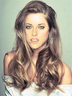 Blonde highlights in brown hair Kristen Stewart look