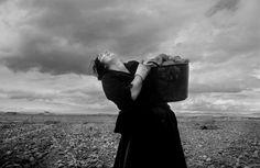 "De la serie ""Women in the shadow"". Fernando Moleres."
