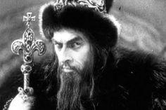 Многим истерика в которую впадают московиты при упоминание Крыма кажется странной. Где Москва, а где Крым.