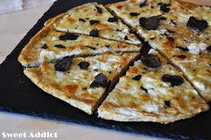 Pizza bianca con trufa negra: http://www.sweetaddict.es/2015/02/pizza-bianca-con-trufa-negra.html