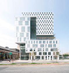 John and Frances Angelos Law Center, Universität Baltimore, Behnisch Architekten