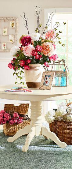 Farmhouse Vase | Farmhouse Decor & Design Ideas