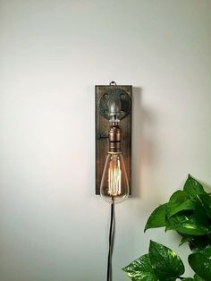 Plug in Wall Sconce Lamp/Rustic decor/Sconce lamp/Industrial lamp/Steampunk light/Housewarming/Gift for men/Bedside lamp/Desk accessories ☆CRAFTSMEN NOTES: The Rustic Steampunk wall sconce. This is a well made sturdy piece that will last you for years! The balance of the Industrial pipe