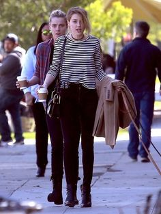 Amber Heard Long Sleeve T-Shirt - Amber Heard was spotted out in Los Feliz wearing a long-sleeve striped tee and skinny jeans.