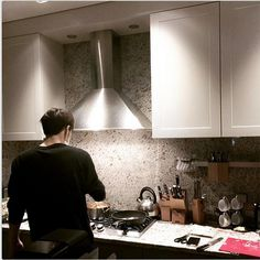 I wouldn't mind cooking at #Jaejoong's house!