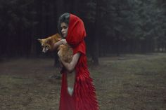 Russian photographer Katerina Plotnikova realized these amazing potraits with real animals.
