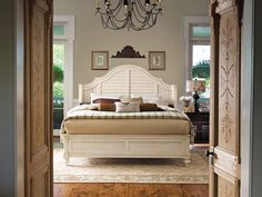 I must have this bed.  Paula Deen furniture, hanks furniture, Steel Magnolia King size bed in linen.