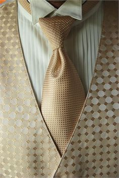 Kinda what Im going for for Michael.. less patterny though. Gold Ivory Wedding, Gold Wedding Theme, Wedding 2017, Wedding Men, Wedding Groom, Wedding Suits, Wedding Trends, Wedding Attire, Wedding Colors