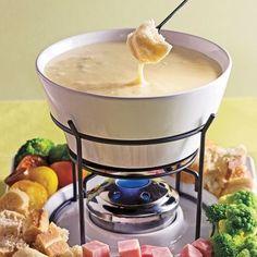 Fondue Raclette, Bunny Bread, Shabu Shabu, Cheesy Recipes, Cheese Lover, Bechamel, Tapas, Mayonnaise, Brunch