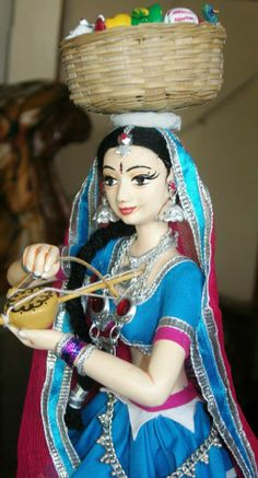 Toy seller with manjeera Hobbies And Crafts, Arts And Crafts, Quilling Dolls, Paper Quilling Tutorial, Clay Art Projects, Homemade Dolls, Indian Costumes, Barbie, Wedding Doll