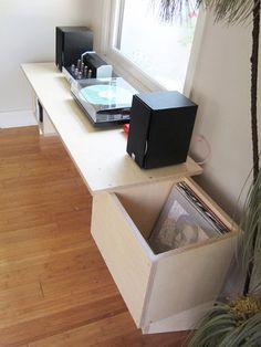 John and Lauren's DIY Vinyl Record Shelf   Apartment Therapy