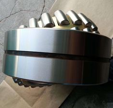 Sell Spherical Roller Bearing 23044MAC3W33, us$319.00/piece, ID: 220.00mm, OD: 340.00mm, Width: 90.00mm Chamfer: 3, Basic Dynamic Load Rating: 1103KN, Basic Static Load Rating: 2046KN, Limited Speed (rpm): 1188(grease)/1680(oil), Gross Weight: 28.1kg, Brass Cage