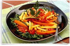 Our two favourite things, salad and fries, in one delicious meal! Try Kin Community's Heather Nicholds Superfries recipe tonight and enjoy! Roasted Vegetable Salad, Roasted Vegetables, Veggies, Nacho Fries, Veggie Fries, Mccain Foods, Sauce Sriracha, Tahini, Recipe Tonight