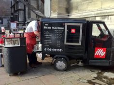 The Bean Machine. Another simple, sleek Piaggio conversion. Practical set up.