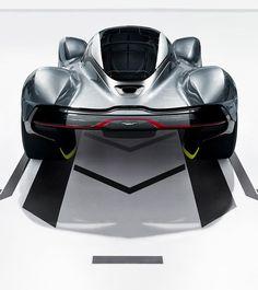мартин-Aston-ам-Р.Б.-001-DesignBoom-10
