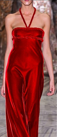 *.* Valentino - red velvet dress - 2011