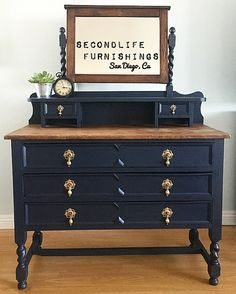 When your clients have impeccable taste in furniture, drop of this stunner and give you the freedom to refinish it 😍🛠🎨🙌🏻💁🏼 Thank you so much for trusting me enough to bring it back to life 😘 Black Painted Furniture, Gold Furniture, Upholstered Furniture, Cheap Furniture, Furniture Makeover, Furniture Buyers, Antique Dresser With Mirror, Deco, Furniture Inspiration