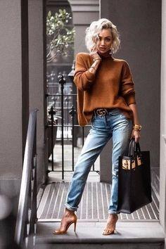 Estilo: Micah Gianneli nos enseña cómo combinar los vaqueros... Y nosotras tomamos nota... Micah Gianneli ( blogger y estilista australiana ) - http://micahgianneli.com/ #moda #estilo #tendencias #fashion #style #trendy #glamour #chic #love #ootd #lookoftheday #outfitoftheday #photooftheday #look #outfit #clothes #lookbook #streetstyle #streetwear #streetfashion #fashionista #fashionblogger #blogger #fashiongallery #stylegallery #fashiolover #micahgianneli