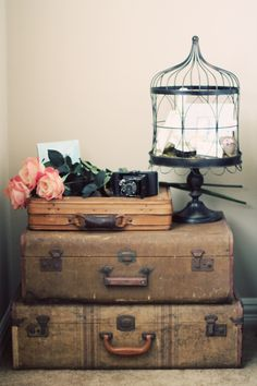 Use vintage suitcases for a nightstand