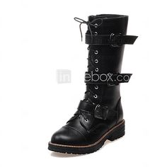 Women's Shoes PU Low Heel Fashion Boots / Round Toe Boots Dress / Casual Black / White - USD $36.09 ! HOT Product! A hot product at an incredible low price is now on sale! Come check it out along with other items like this. Get great discounts, earn Rewards and much more each time you shop with us!