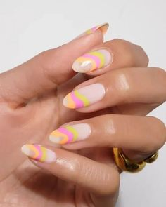 10 Nail Designs That Are Trendy Right Now