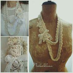 Perle e rose, per le inguaribili romantiche! ❤ Happy Sunday!  #nidodilana #myworks #fattoamano #handmade #necklace #perle #roses #crocheting #bijoux #lovebijoux #shabbystyle #shabbybijoux #shabbychicjewelry #amazingjewelry #lovelyjewelry #personalizedjewerly
