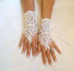 Ivory lace gloves bridal wedding gloves lace by GlovesByJana