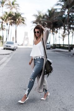 Instagram blogger street style outfit inspo and ombre hair