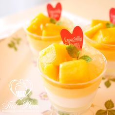 "August baking lesson: Mango and Coconuts ""Verrine"""