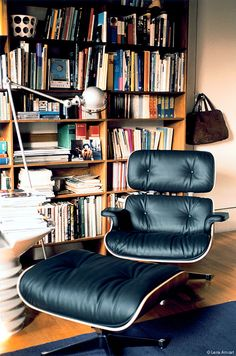 madilacs:  140585:  Eames Lounge Chair  Ottoman / Charles  Ray Eames for Herman Miller/ 1956   I need a new reading chair for my office.