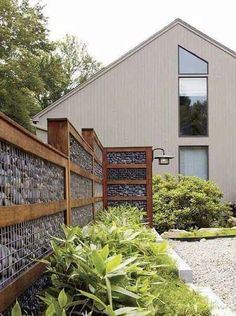 DIY Stone Fence design and diy fence projects Ideen Zaun Creative DIY Privacy Fence Design Ideas for 2019 Diy Privacy Fence, Privacy Fence Designs, Backyard Privacy, Diy Fence, Backyard Fences, Garden Fencing, Backyard Landscaping, Landscaping Ideas, Fence Gate