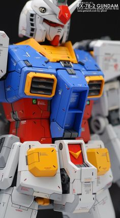 Ghost is back with his fresh work on the old kit PG First Gundam by Ghost recently appeared on modelers-g. A high detailed wor. Gundam Toys, Gundam Art, Gundam Tutorial, Gundam Wallpapers, Gundam Mobile Suit, Gundam Custom Build, Gundam Seed, Gunpla Custom, Anime Toys