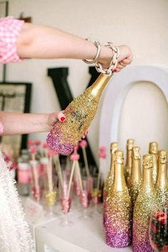 Great NYE decorations to use for a party!