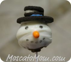 EASY Snowmen Cake Pops