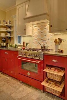 Tracey Stephens Interior Design Inc - traditional - kitchen - new york - by Tracey Stephens Interior Design Inc Red Kitchen Tiles, Red Kitchen Decor, Cute Kitchen, Kitchen Flooring, Kitchen Interior, Kitchen Cabinets, Kitchen Ideas, Grey Cupboards, Loft Kitchen