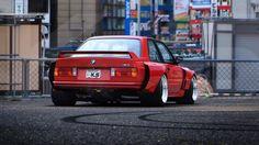 BMW e30 : Photo