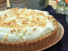 Roy Fares helt fantastiska cheesecake med nutella, vispad grädde och rostade hasselnötter.