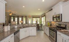 Tavola Brookstone Model Kitchen