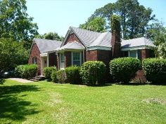 'Paula Deen House'  Stay Where She Started Her Business 3 Bedr