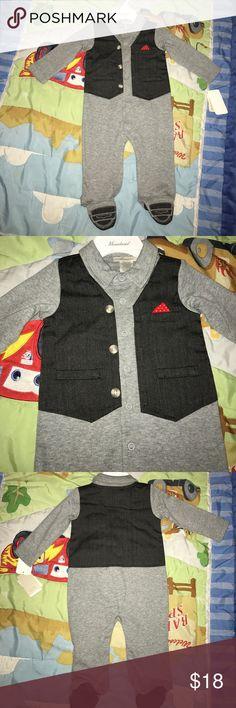 Baby boy dressy onesie Adorable 6M baby boy dressy onesie One Pieces Footies