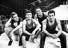 The boys of BTR are so nice to look at.