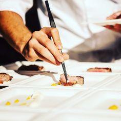 Sta per uscire la Guida Ristoranti del Gambero. Tutte le novità (o quasi) su www.gamberorosso.it #guidaristoranti #gamberorosso #30annigambero #ristoranti #ristorante #madeinitaly #italia #foodandwine