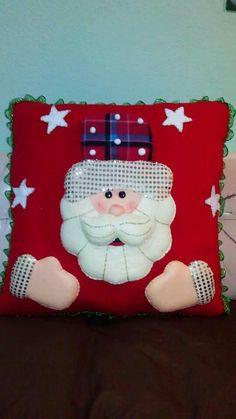 Christmas Sewing, Christmas Pillow, Christmas Art, Christmas Stockings, Christmas Holidays, Christmas Decorations, Christmas Ornaments, Holiday Decor, Diy And Crafts