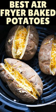 Air Fryer Recipes Discover Air Fryer loaded baked potato Easy LOADED STUFFED BAKED POTATOES quick recipe for your AIR FRYER! These potatoes are stuffed with sour cream crunchy bacon green onions and cheese. Make them as twice baked potatoes if you want! Air Fryer Recipes Potatoes, Air Fryer Baked Potato, Air Fryer Oven Recipes, Air Frier Recipes, Air Fryer Dinner Recipes, Recipes For Airfryer, Recipes Dinner, Quick Baked Potato, Baked Potato With Cheese
