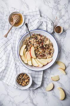 apples and raisins porridge