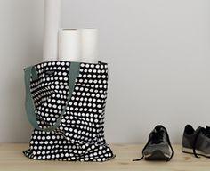 Shopping bag www. Shopping Bag, Wedges, Bags, Shoes, Fashion, Monochrome, Handbags, Moda, Zapatos