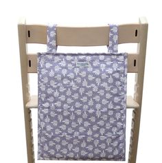 Hilft beim Ordnung halten: Das Utensilo für den Tripp Trapp von Stokke in Spring Lila | Blausberg Baby