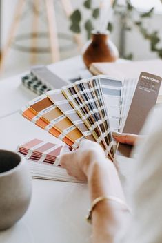 Ideas and Inspiration for your next Personal Branding session to help craft your identity to your consumers! Need help with a moodboard for your next branding photoshoot? Look no further!
